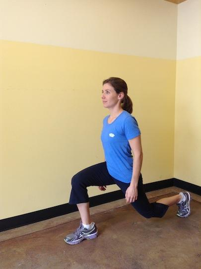 Personal Trainer, Tatum Rebel demonstrates the Reverse Lunge